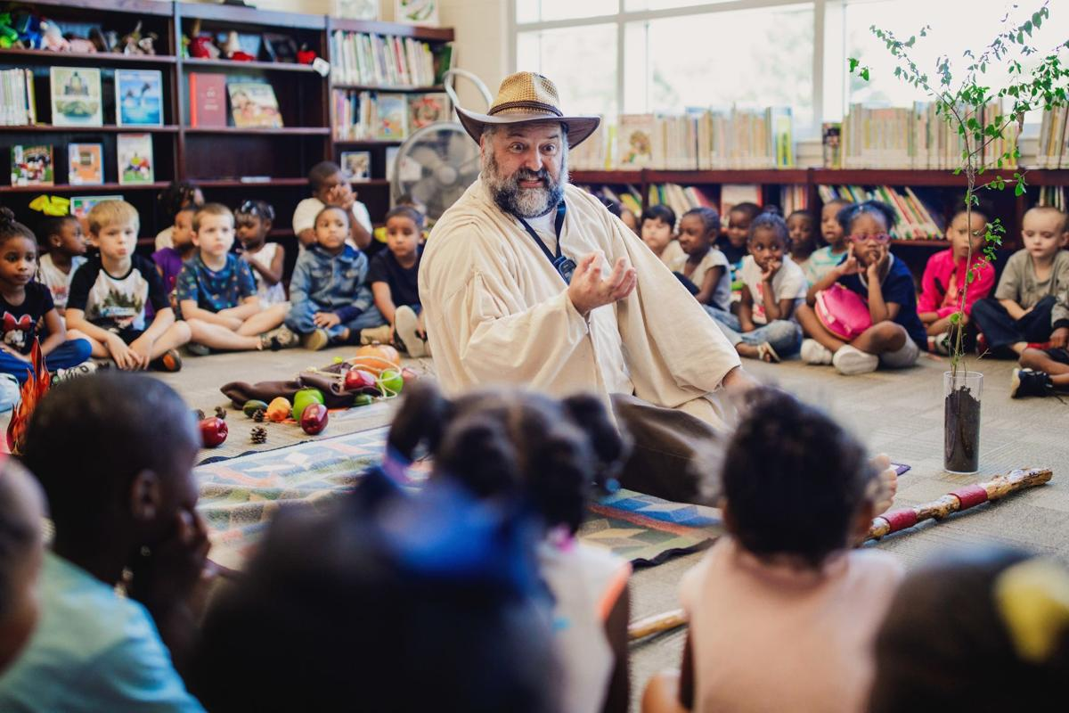 Main Elementary students take history lesson through the character Johnny Appleseed