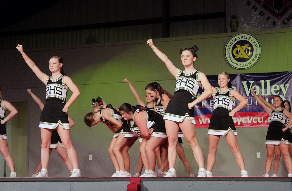 100416 cheerleader