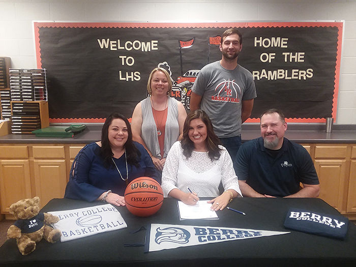 BASKETBALL: LaFayette's S.J. Oxford signs with Berry College