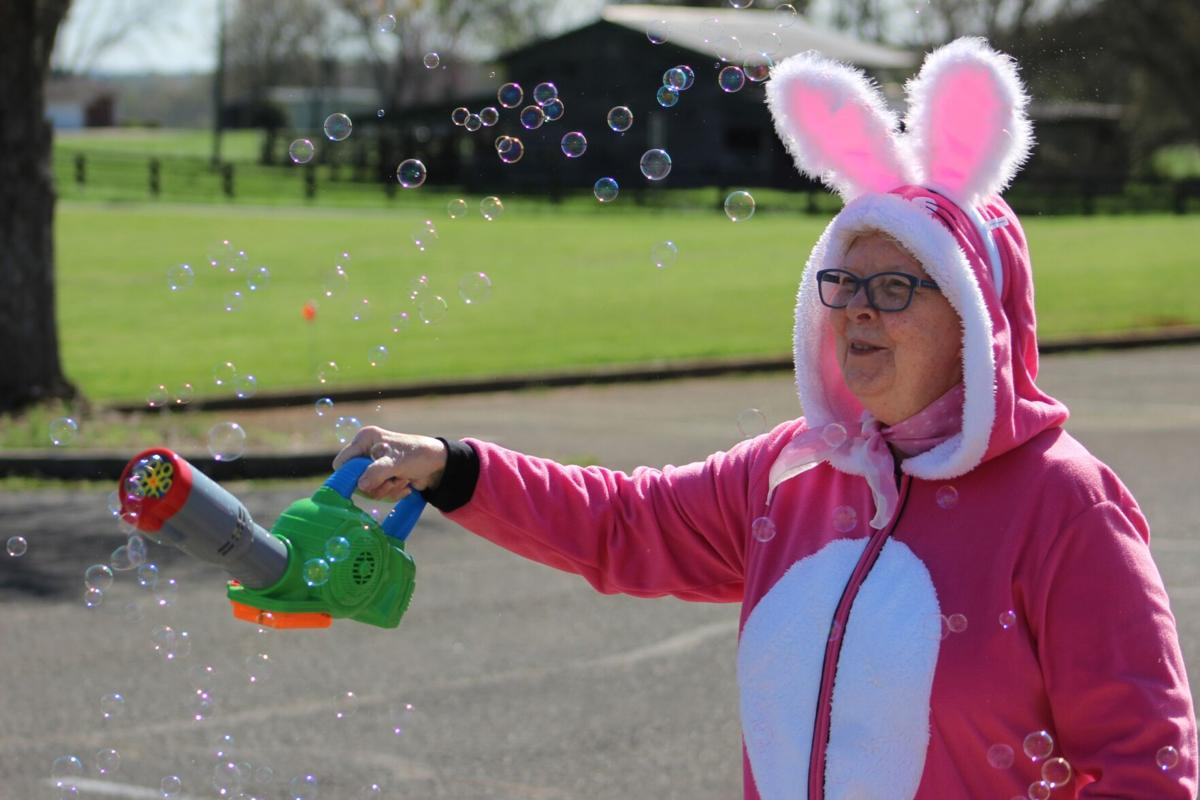 Kresge UMC holds Easter Scavenger Hunt
