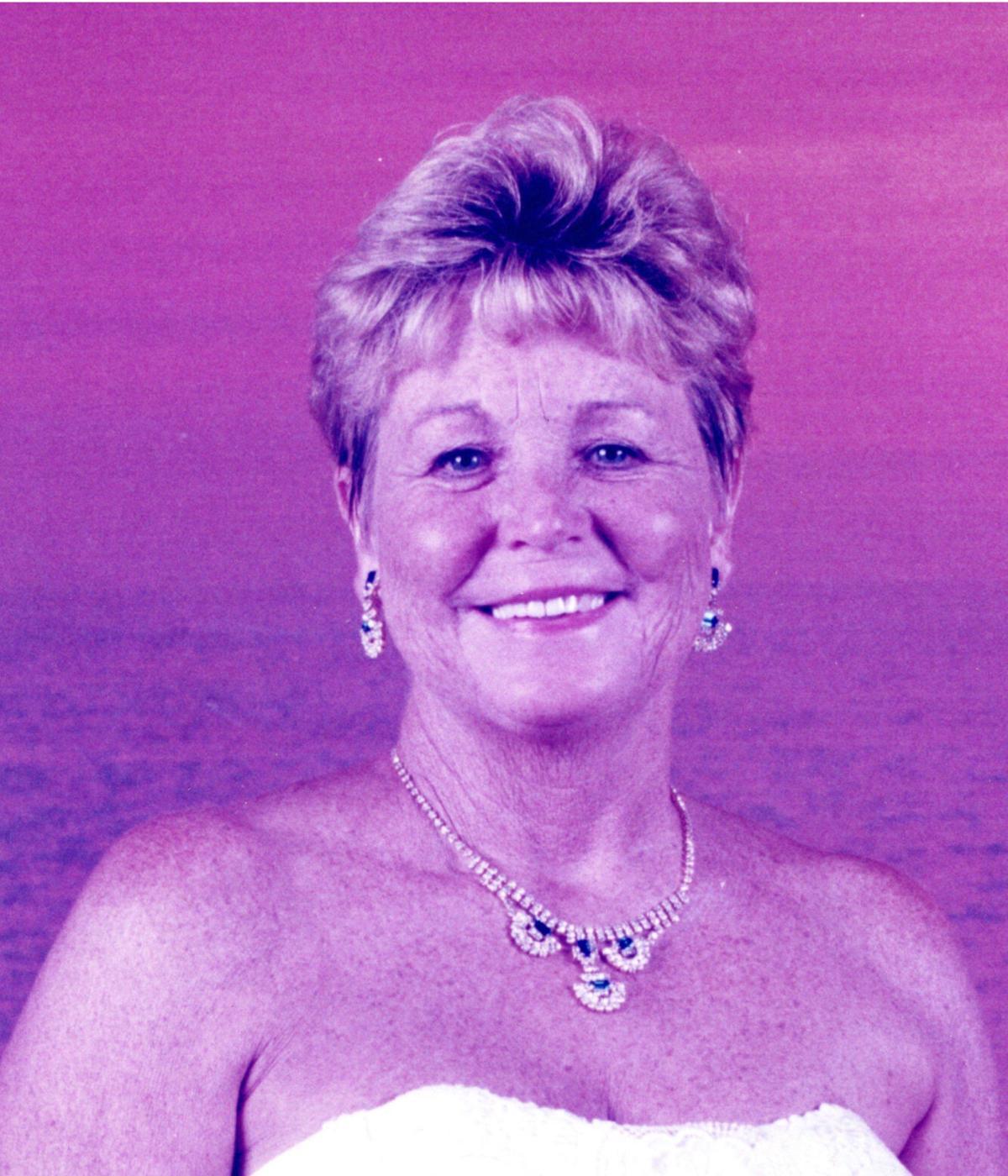 Annette  Earwood