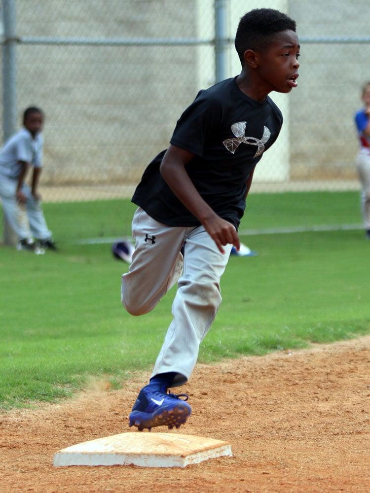 MLb Youth Baseball Camp