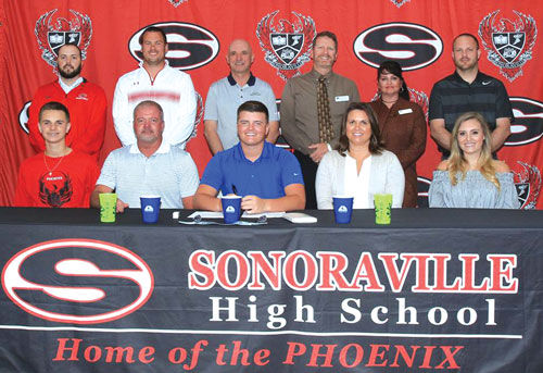 Sonoraville's Redd signs to play golf at GNTC
