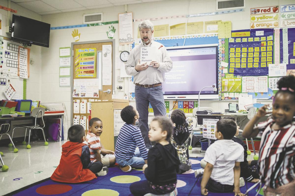 West Central Elementary Students And Guests Enjoy Read