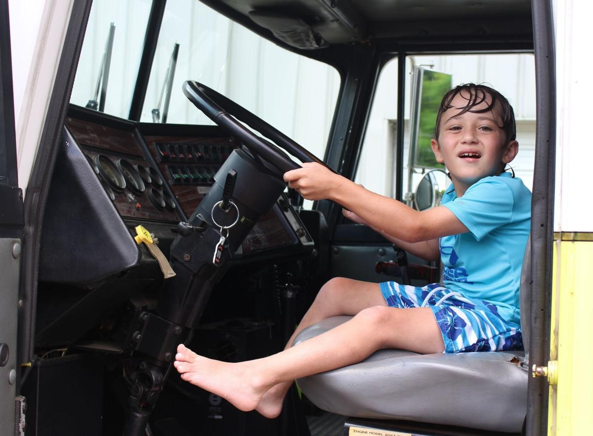 Shining Stars Team spends afternoon with Rome-Floyd Firefighters