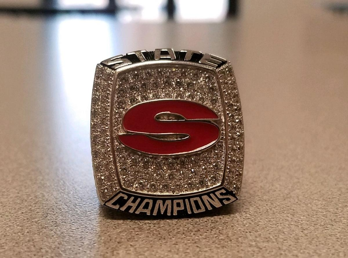 Handing out the Hardware: Sonoraville wrestlers take home new rings