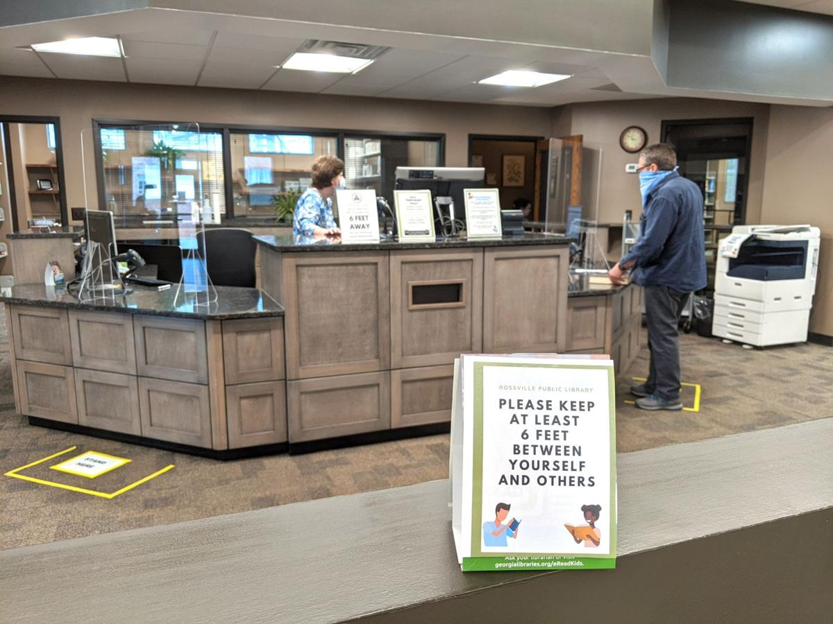Rossville library front desk