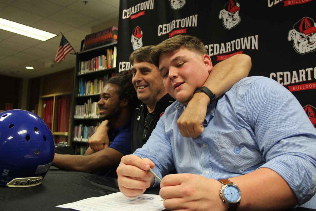 Howard, Kent sign with Shorter