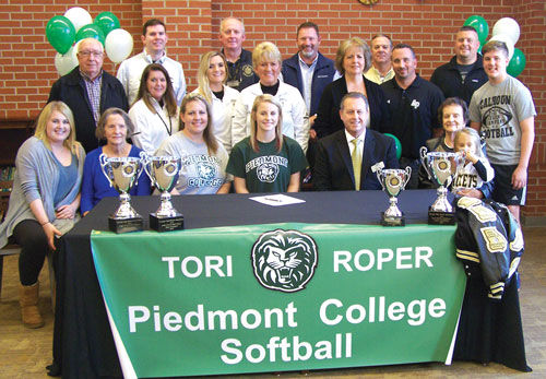 Calhoun's Roper signs with Piedmont