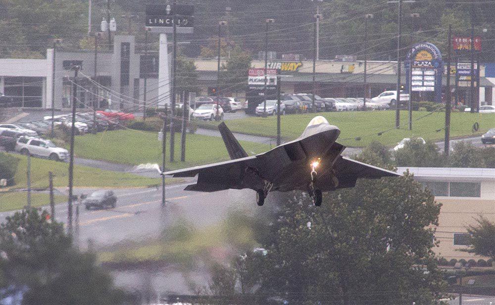 101218-Preview-F-22 DEMO TEAM 02.jpg