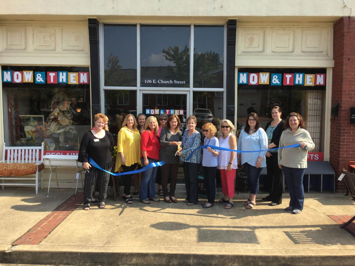 Chamber ribbon cutting at Now and Then