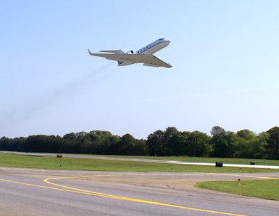Cartersville's Phoenix Air adds another Gulfstream to fleet