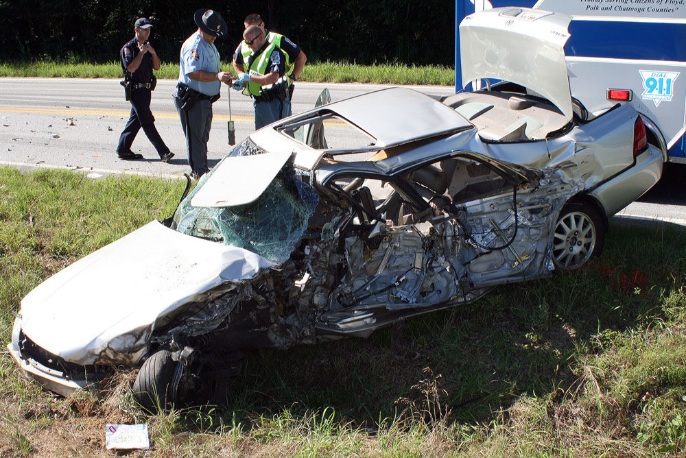 GSP: Dump truck driver texting at time of fatal wreck