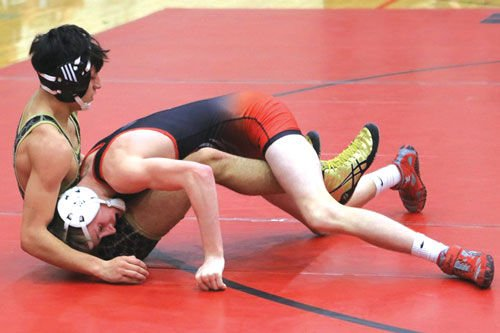 Sonoraville's Jayce Derryberry and Calhoun's Owen Mendez