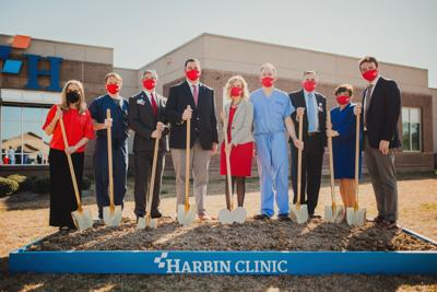 Harbin Clinic holds expansion groundbreaking at Calhoun location