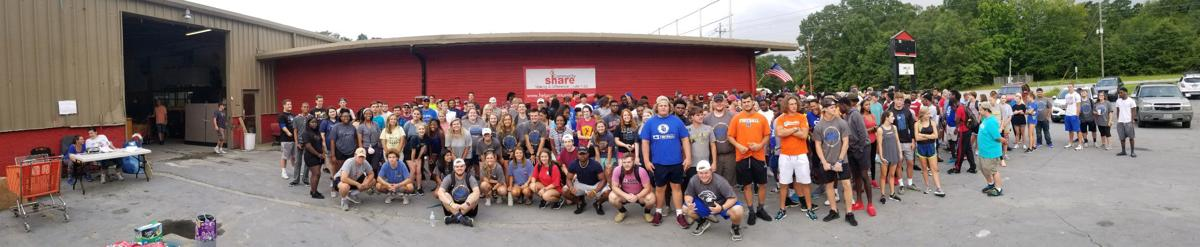 Shorter helps Community Share Ministries