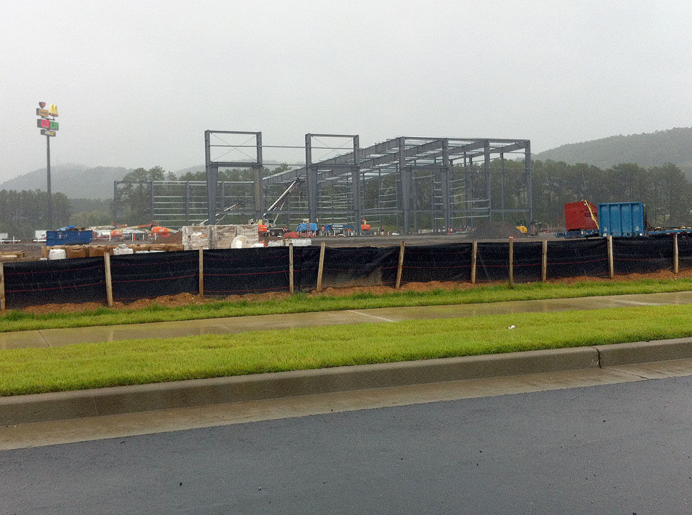 Multi-sport pavilion rising at LakePoint