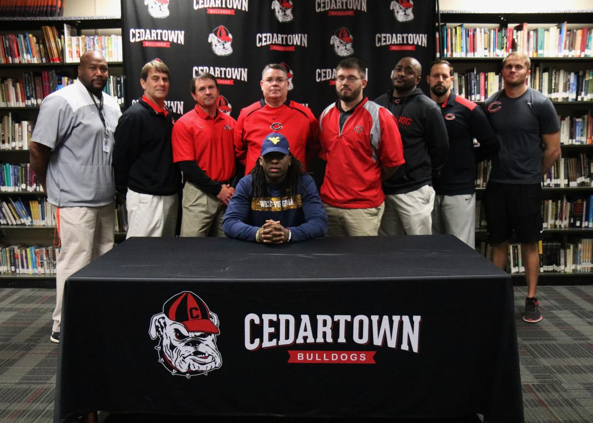 Tony Mathis signs with WVU