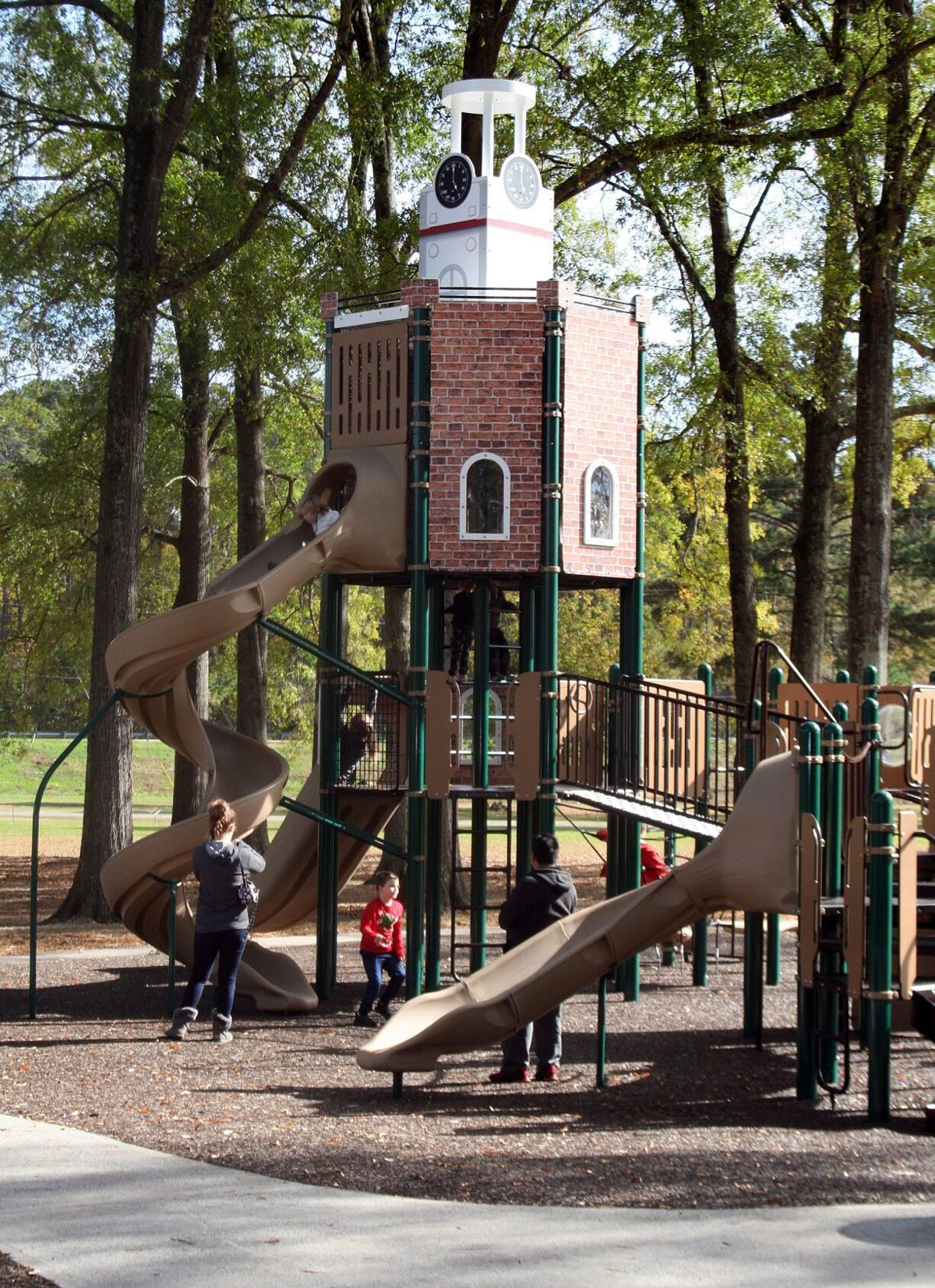 New playground open at Ridge Ferry Park