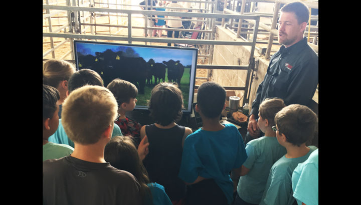 Local elementary students participate in 2018 Gordon County Ag Day