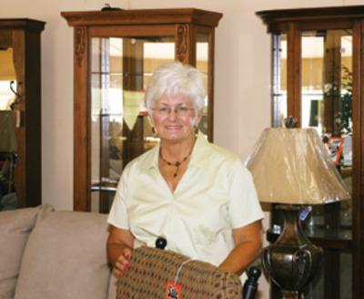 Lindermanu0027s Furniture Sales: Hometown Home Furnishing   Local Headline
