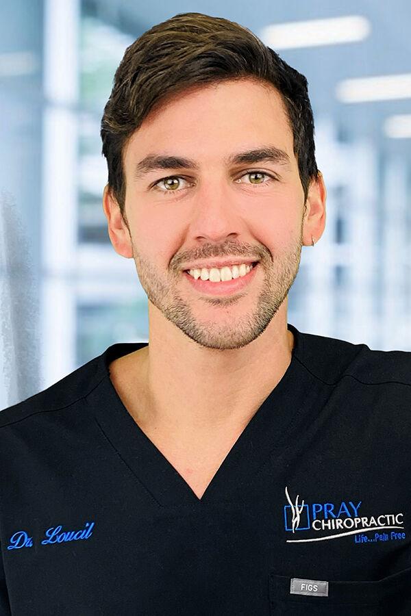 Dr. Javier Loucil