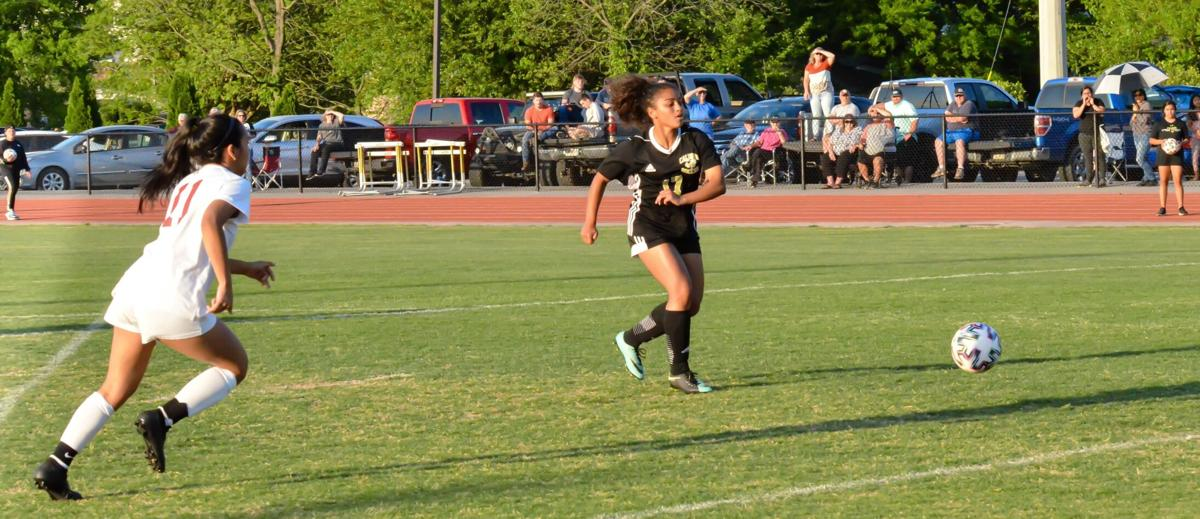 Lady Jackets get first round win