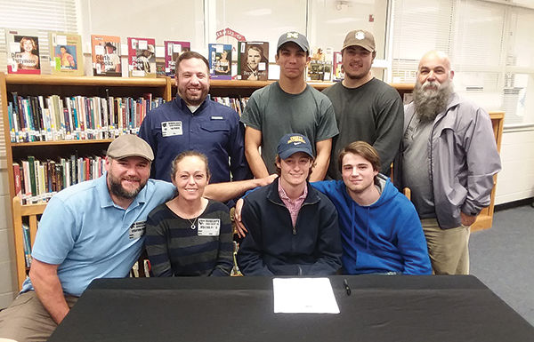 WRESTLING: Preston Perreault signs with Truett-McConnell