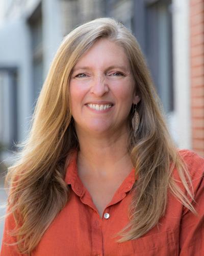Monica Sheppard, Rome columnist