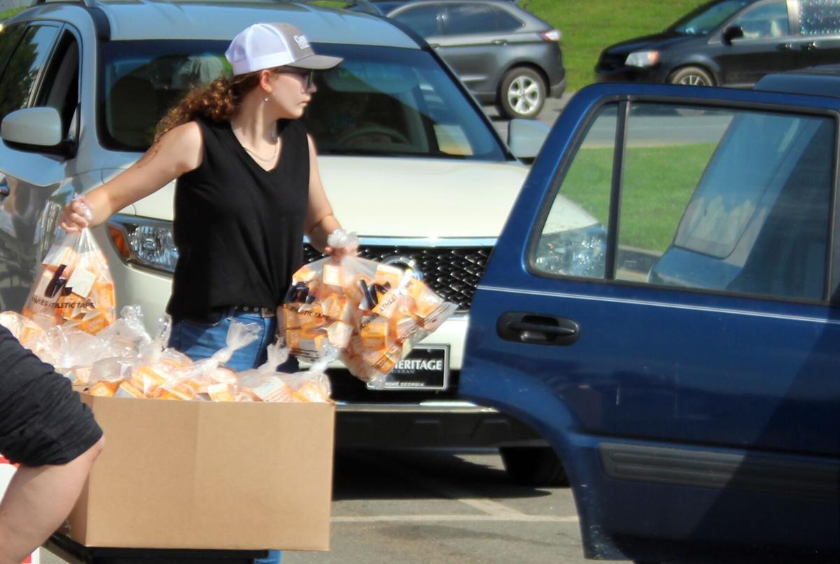 Summer feeding program brings out crowds