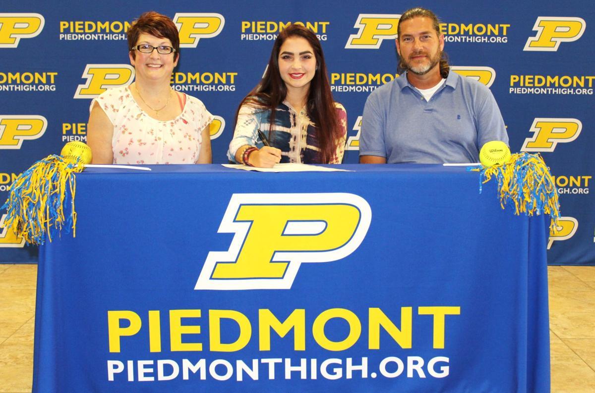 Kayleigh Williams signs softball scholarship with Coastal Alabama-Monroeville