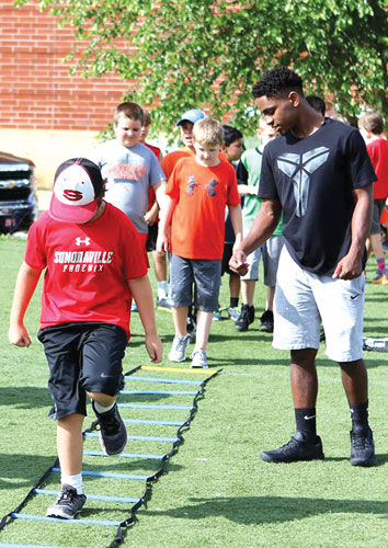 Sonoraville youth football camp
