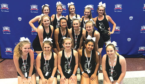 Sonoraville cheerleaders group pic at UCA Camp