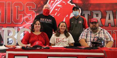 Haley Stahl signs with Bryan