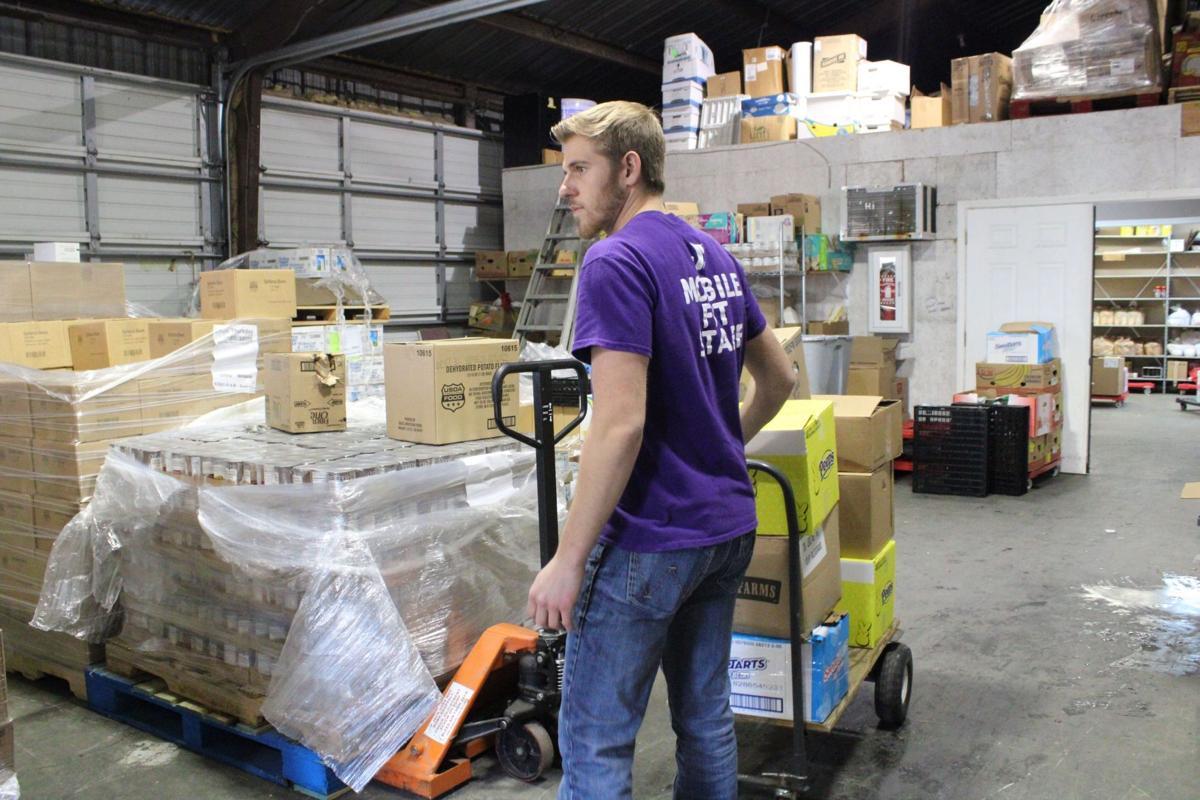 Rotary spends Thanksgiving Break to help school children in need