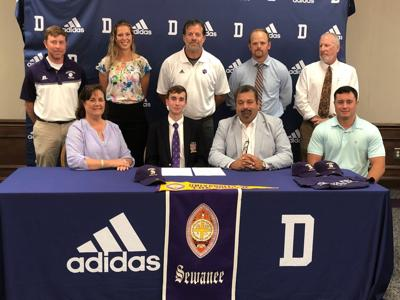 Clayton Tillery signs with University of the South