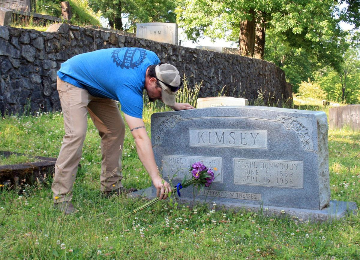 Local heroes honored with flowers at gravesites