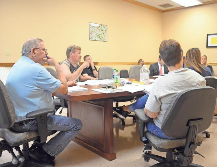 Aragon council approves new attorney hire