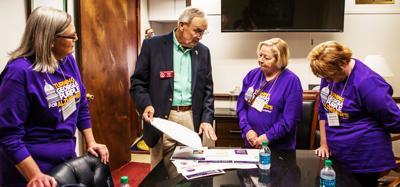 Alzheimer's advocates push for legislation at State Capitol