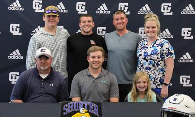 Jackson Moore signs with Shorter