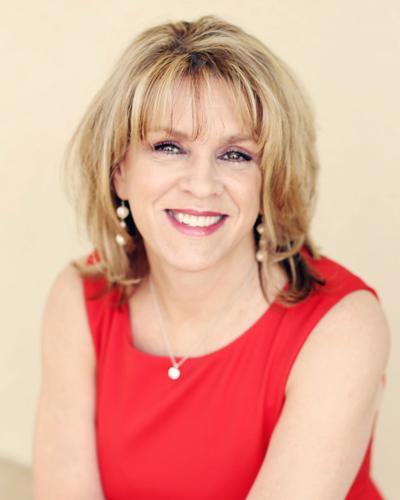 Who's Who: Donna E. McEntyre