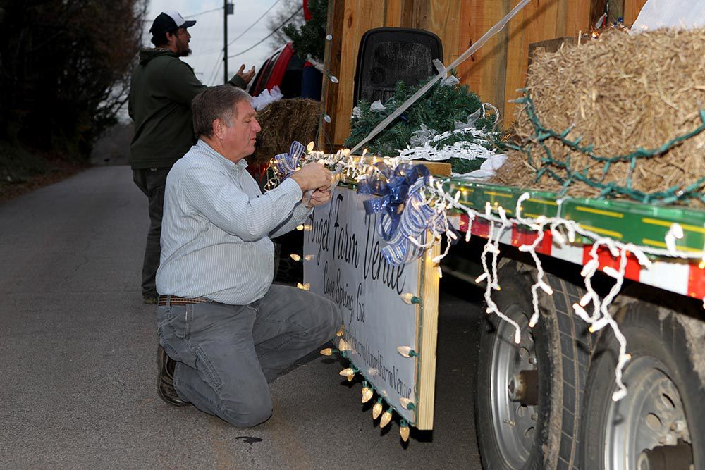 Cave Spring Christmas parade hits the road