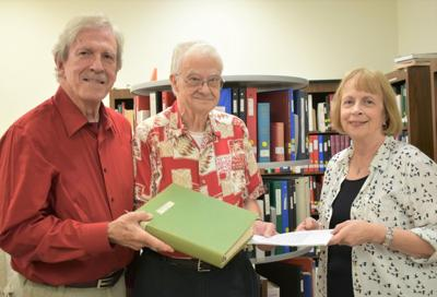 Documented history of WWII soldier presented to Centre, Alabama library