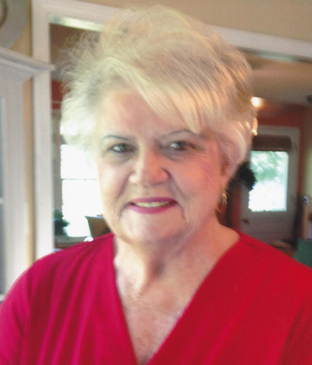 Mrs. Lilla  Tate