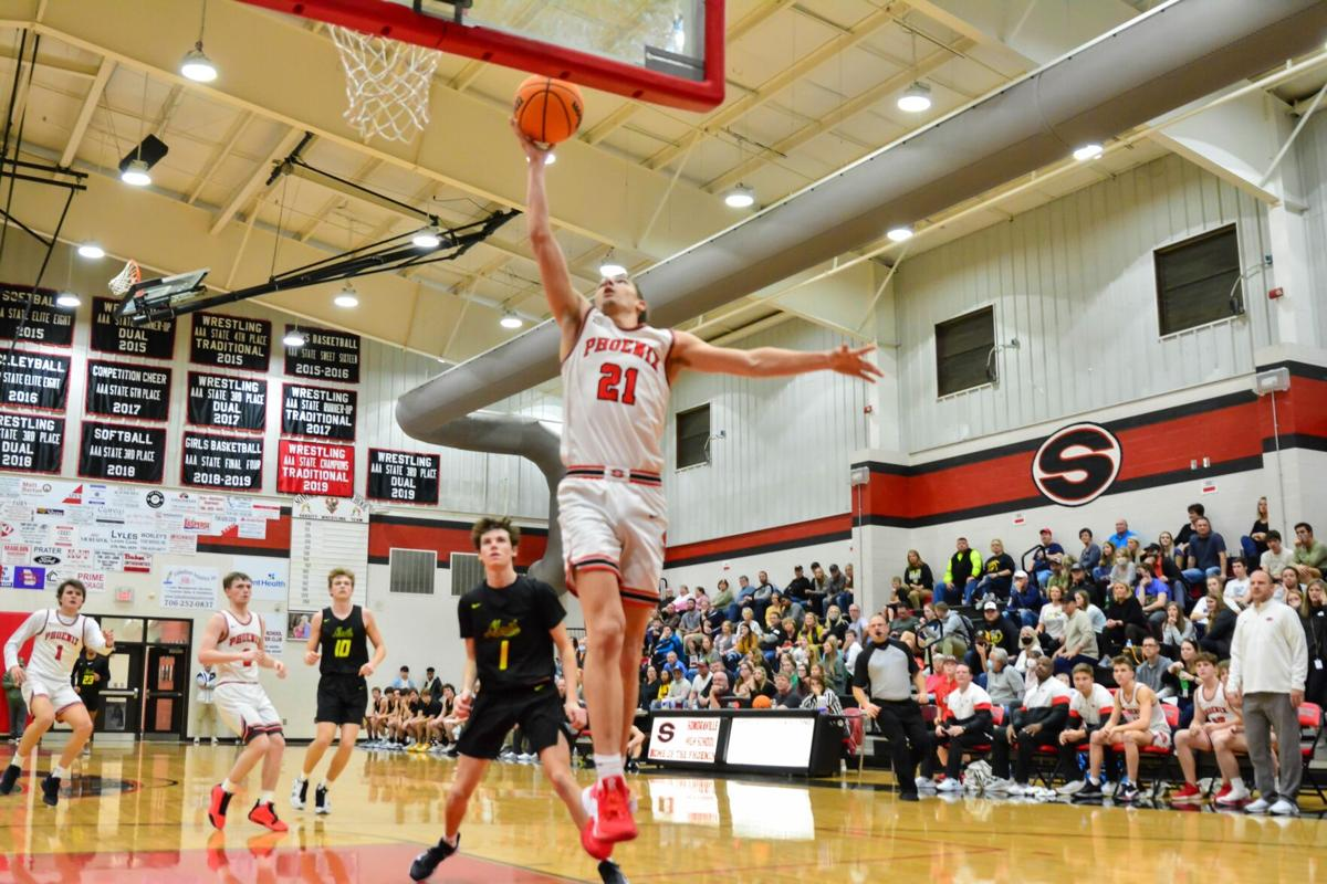 Phoenix show no rust after layoff, earn win to advance to region finals