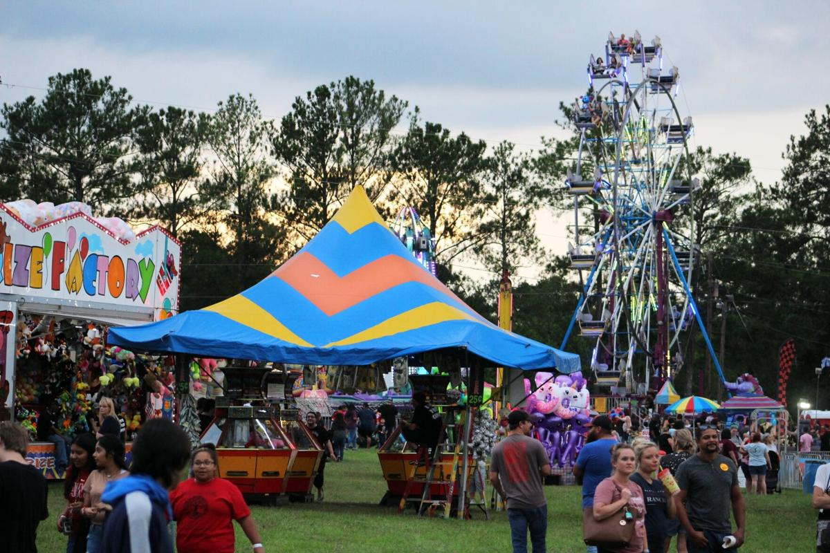 Rides, pageant mark opening night of Polk County Fair