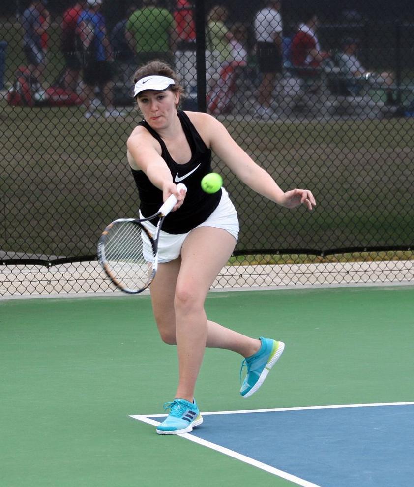 051219_RNT_Tennis1.jpg