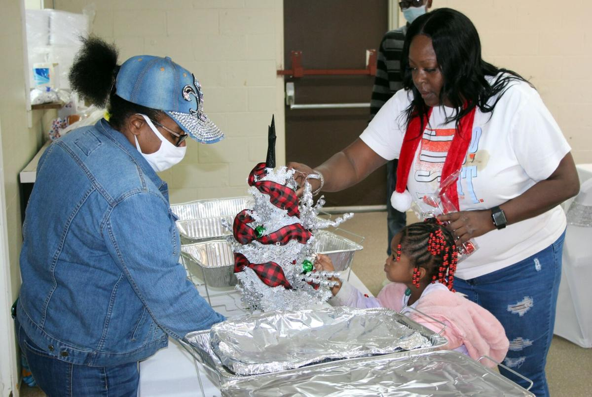 Local residents pull together to provide a free community meal
