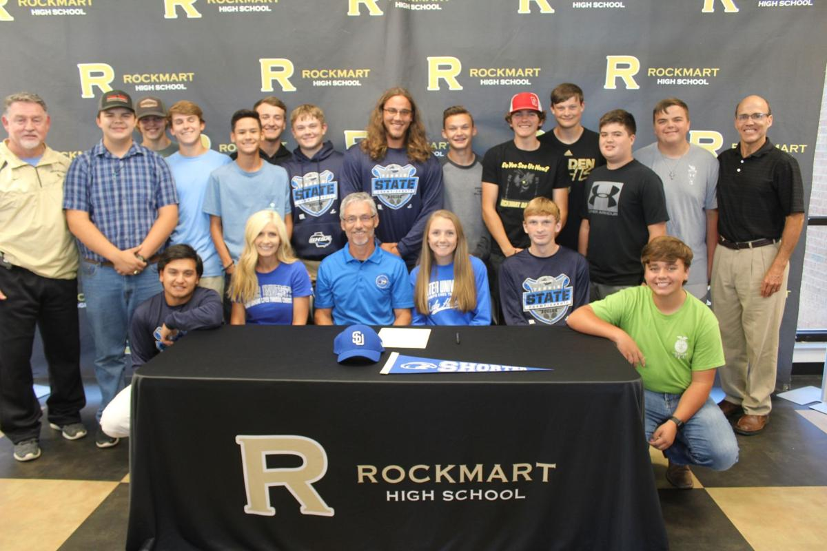 Mary Ella Owen signs with Shorter University