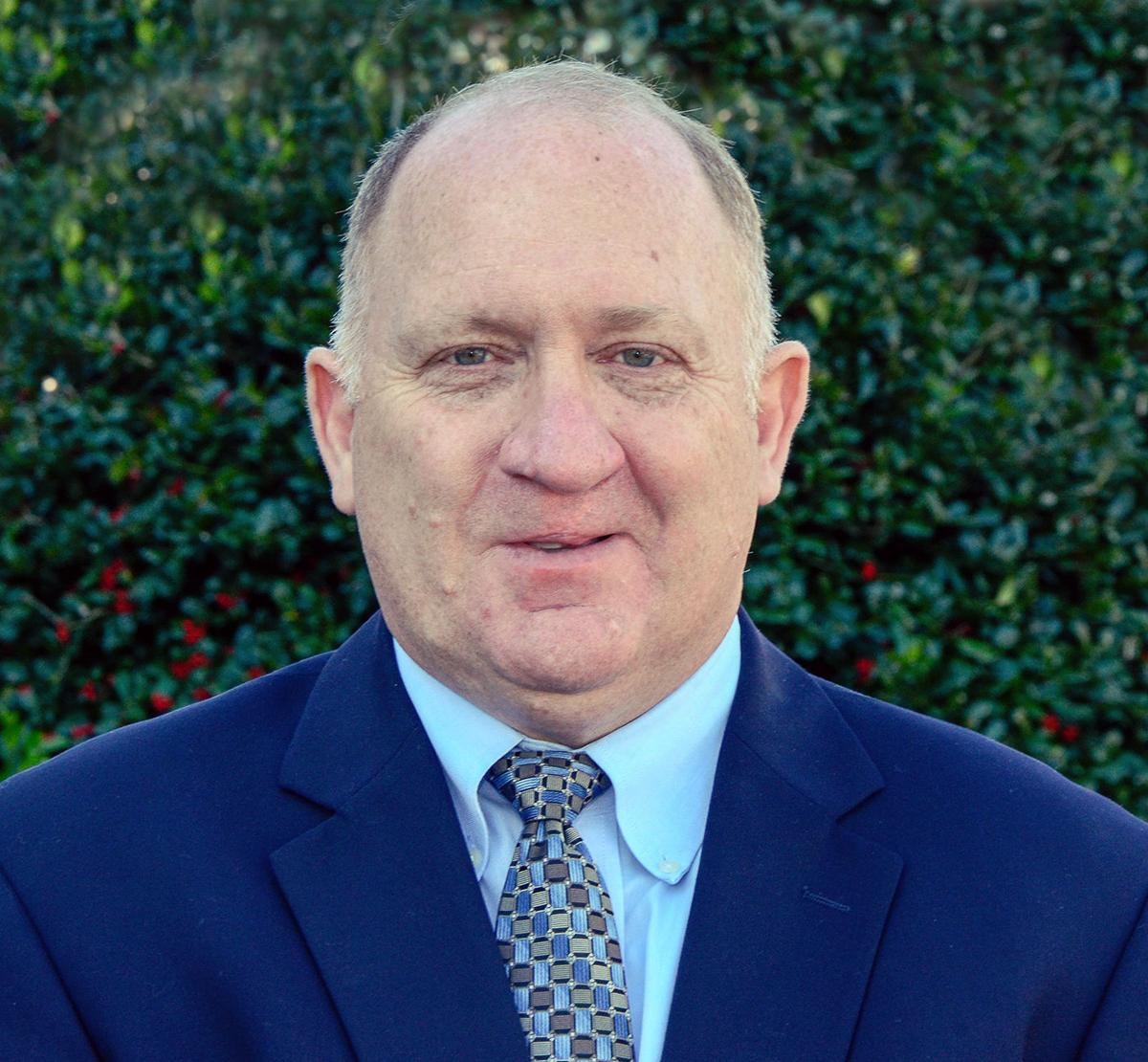 Who's Who: Ken Whitlow